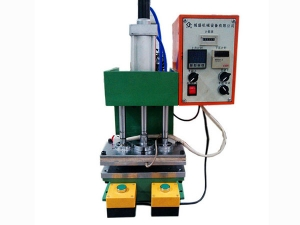 C型气动热压机