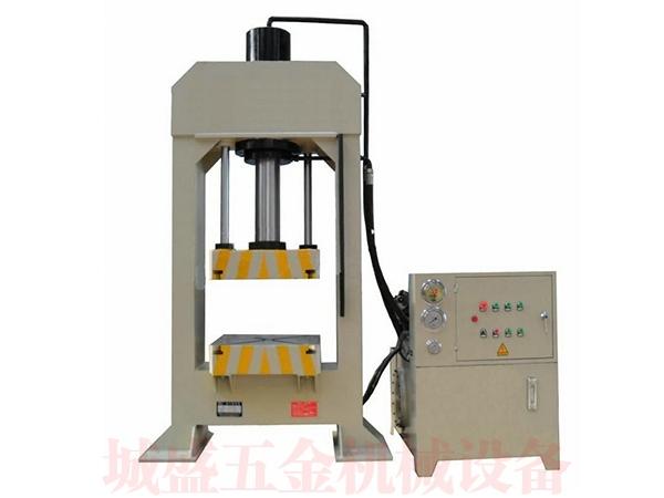 龙门式液压机